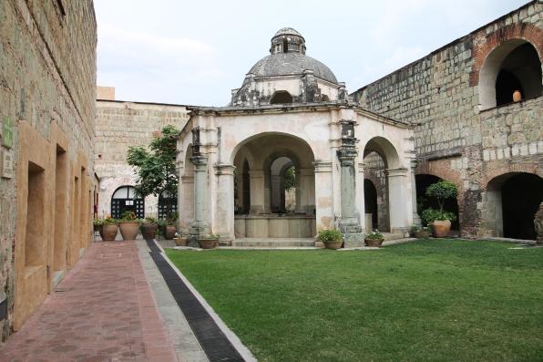 Ex Convento Santa Catalina de la Cueva (Quinta Real)
