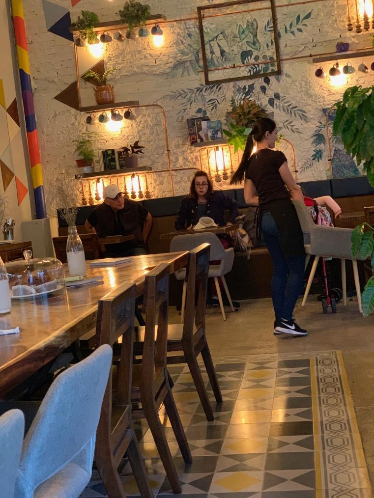 Tótem Cafetería de Barrio Mazatlán